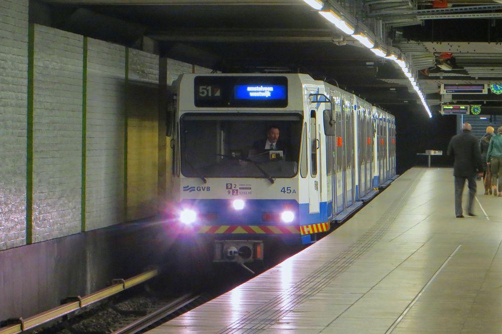 Metro Amsterdam Zug 45