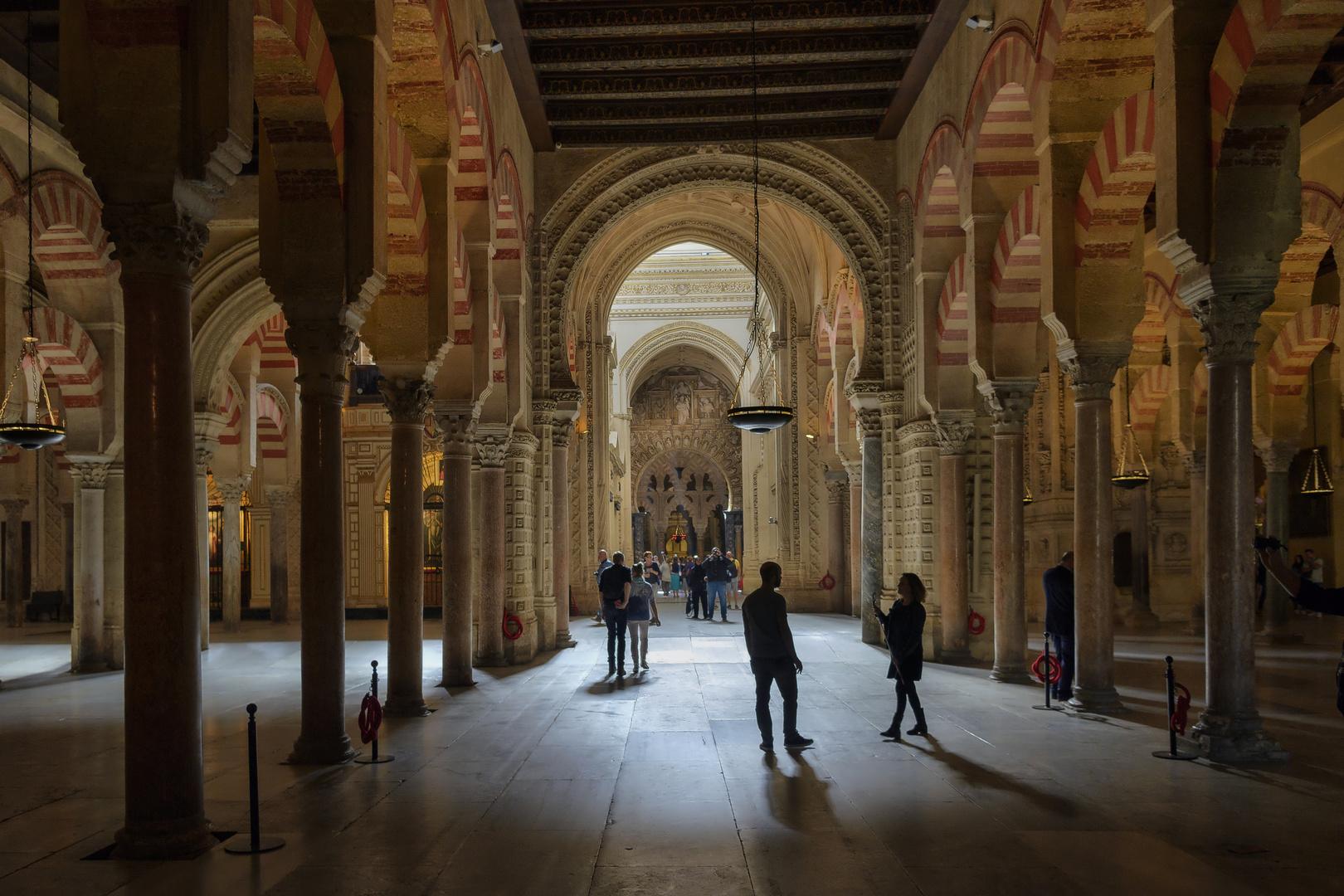 MEZQUITA -CATEDRAL DE CÓRDOBA (Luz Interior)
