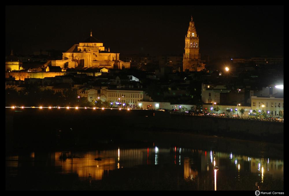 Mezquita noche c rdoba imagen foto ciudades motivos - Mezquita de cordoba de noche ...