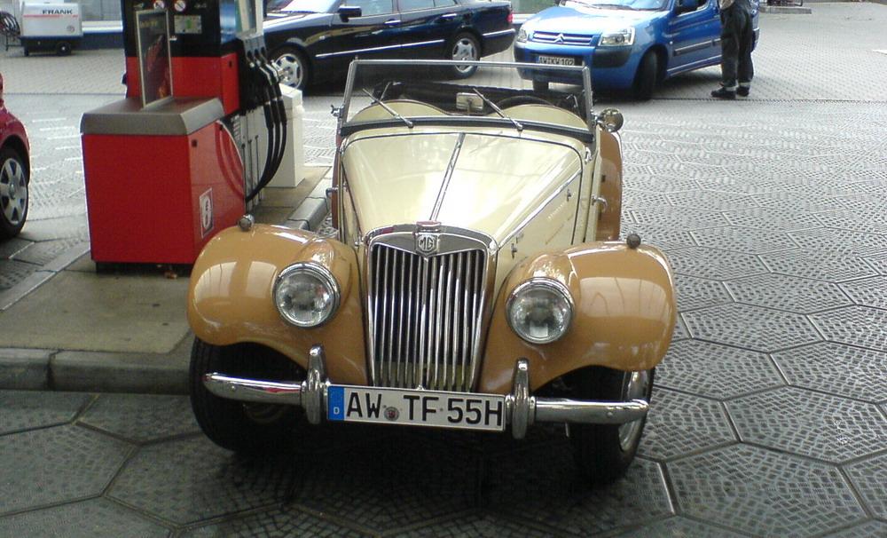 MG Bj.55 Cabrio Front