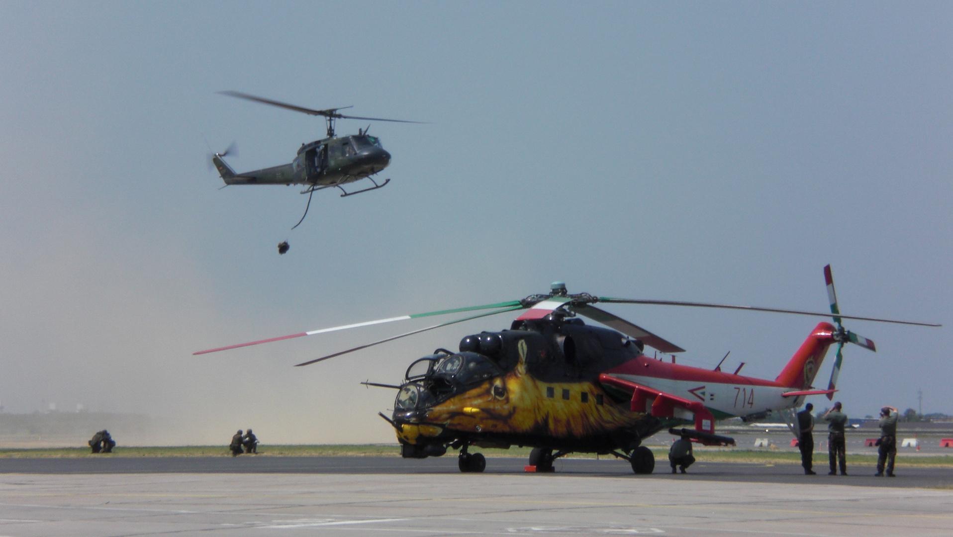 Mi-24 mit UH-1