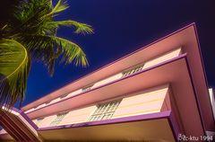 Miami Beach / Art Deco District / Ocean Drive