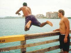 Miami Beach:  ....hinein in die Erfrischung....