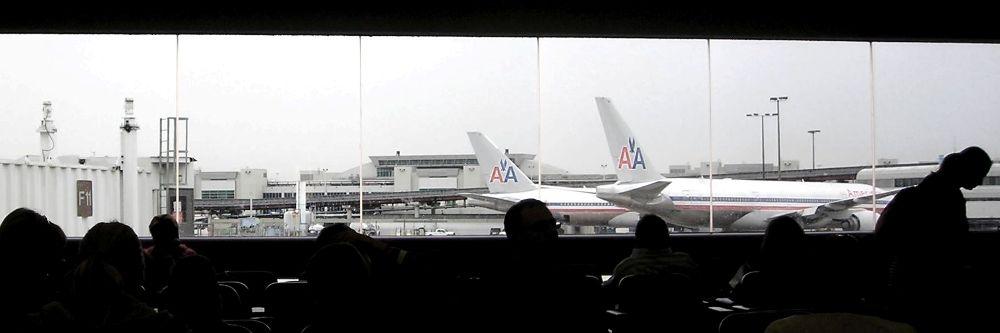 MIAMI-INTL-AIRPORT-GATE2