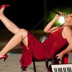 """Michela Atzeni, """"Donne senza paradiso"""" In volo."""