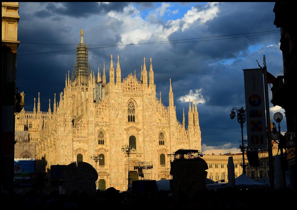 Milano is lightning up