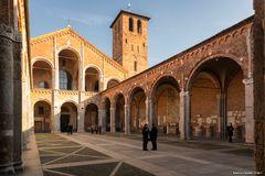 Milano, Sant'Ambrogio, colonnato