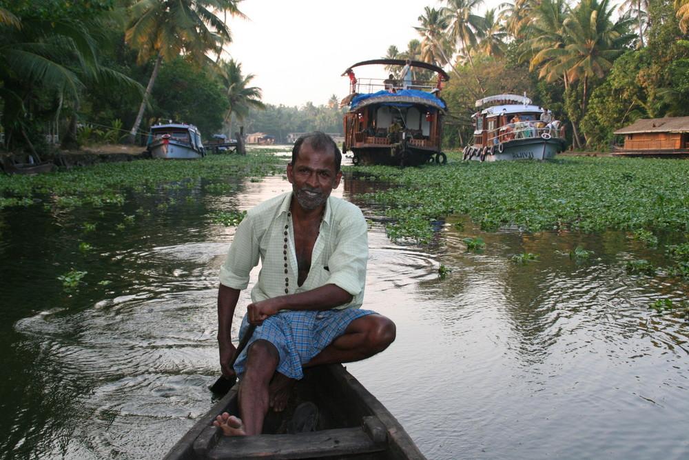 Milchboot- kapitän Kerala +Reisestory  Indien Ü1000K
