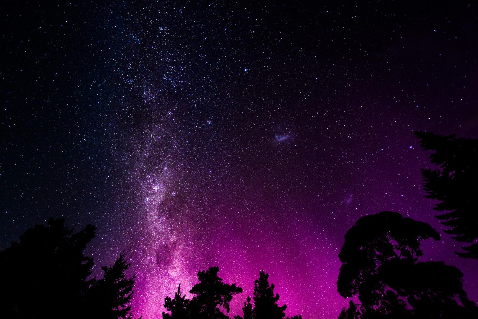 Milchstraße garniert mit Aurora Australis