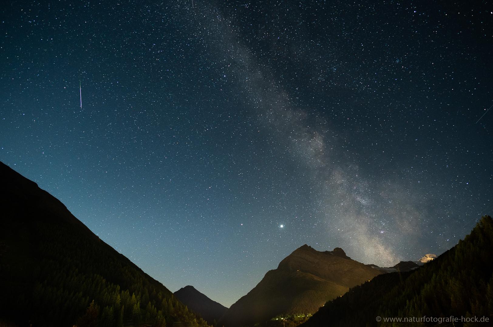 ~ Milchstraße und Sternschnuppe ~