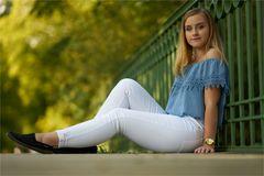 Milena auf der Brücke.