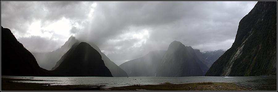 Milford Sound im Regen