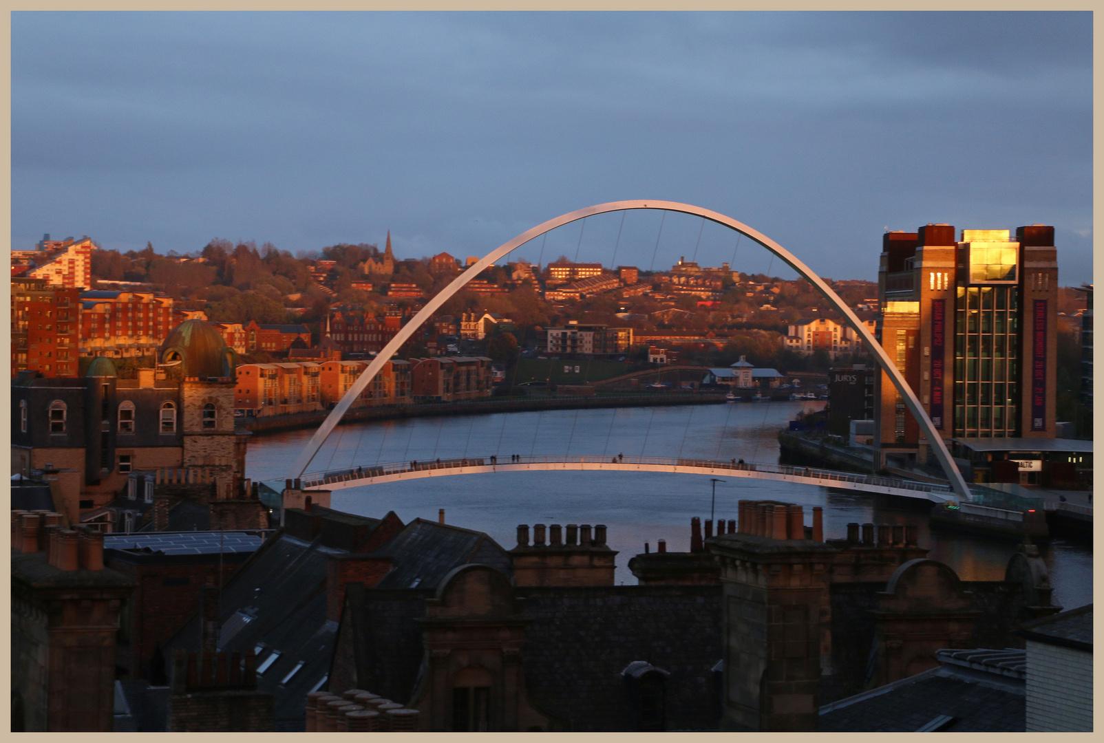 millennium bridge Newcastle evening