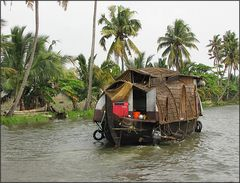 Minihausboot