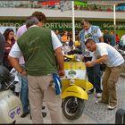 Mio amico Rafael fa il mecanico....loro cara «Gialla» ha la frizione rovinata:-))))))))