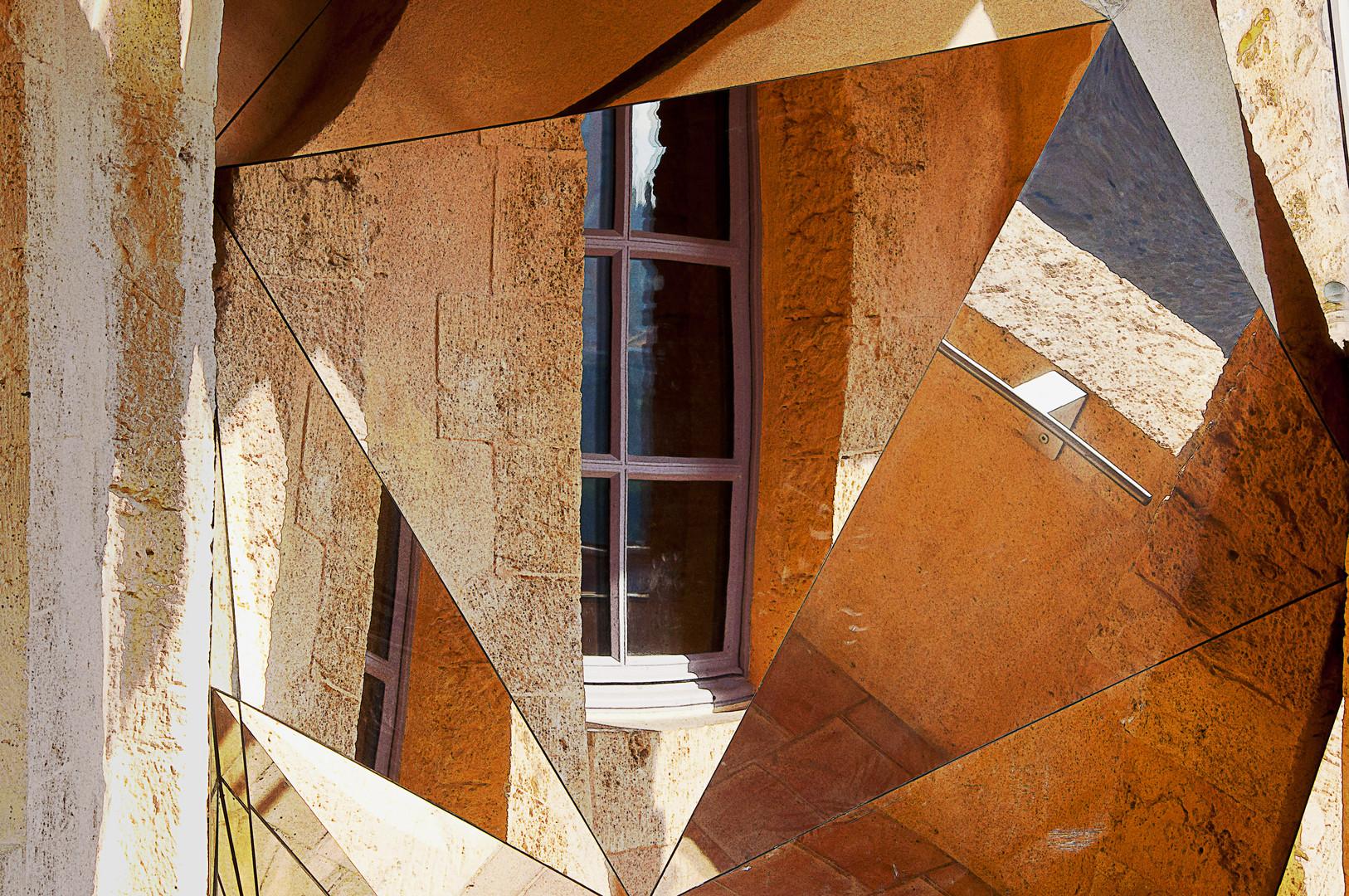 Miroir au fort ST JEAN