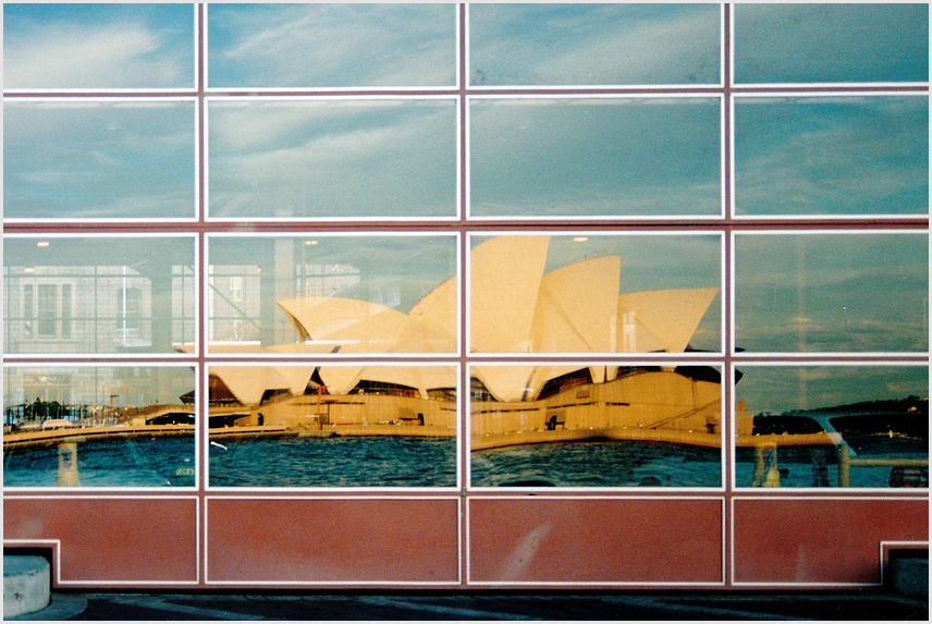 mirror, mirror . . . . . beautiful Sydney !!