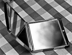 mirror:mirror