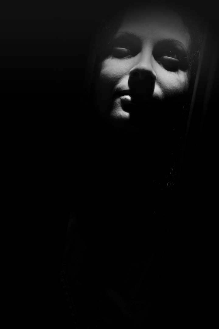 miss dark