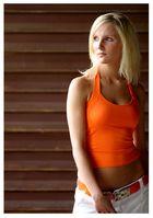 - Miss orange -