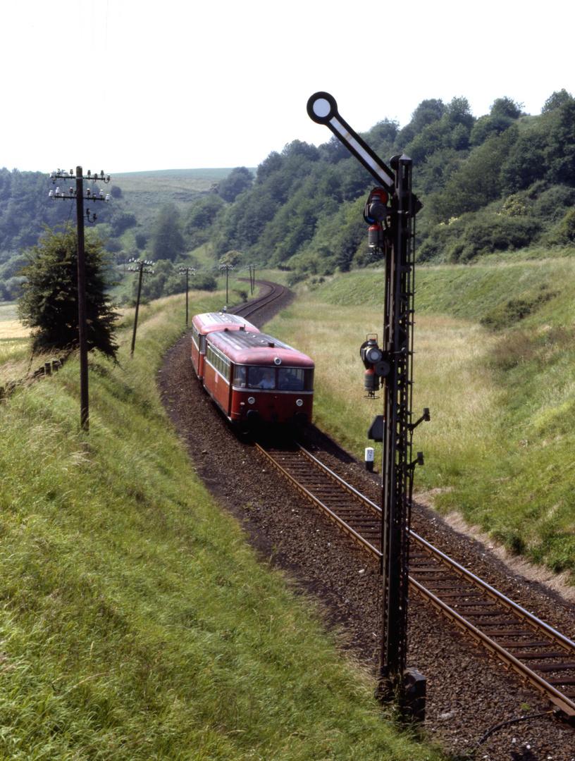 Mit dem Schienenbus in den Westerwald