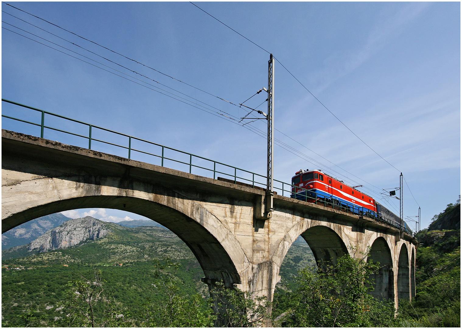 Mit dem Schnellzug durch die Berge LXVII