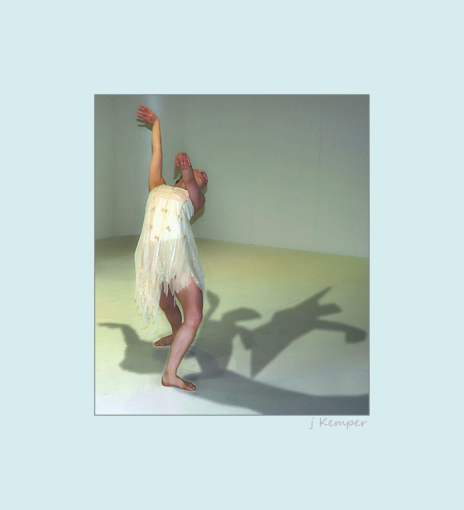 - mit den Schatten tanzen -