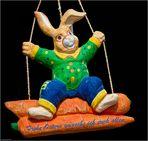 Mit diesem lustigen Osterhasen.....