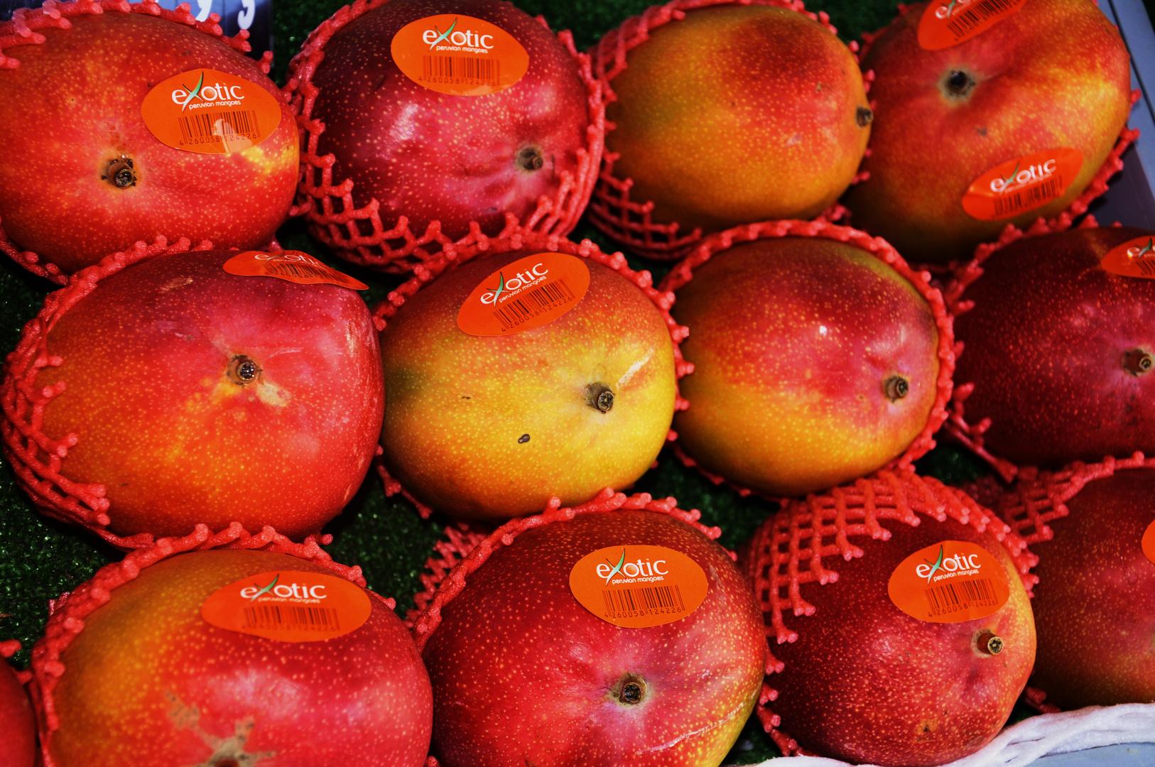 mit diesen schönen Früchten wünsche ich Euch ein glückliches Wochenende