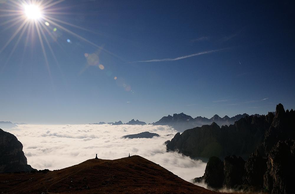 Mit einem Sonnenaufgang auf einer Höhe von 2320 m melde ich mich wieder zurück.