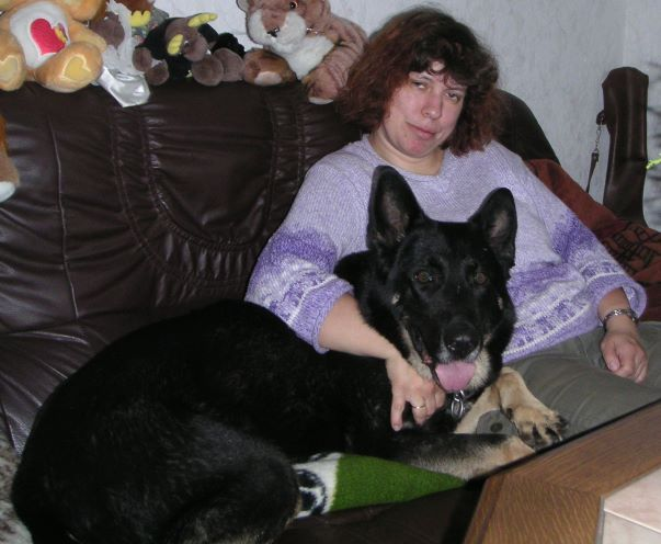 Mit Mama auf dem Sofa