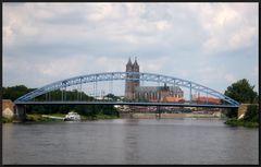 ...Mit ´nem Bötchen auf der Elbe...