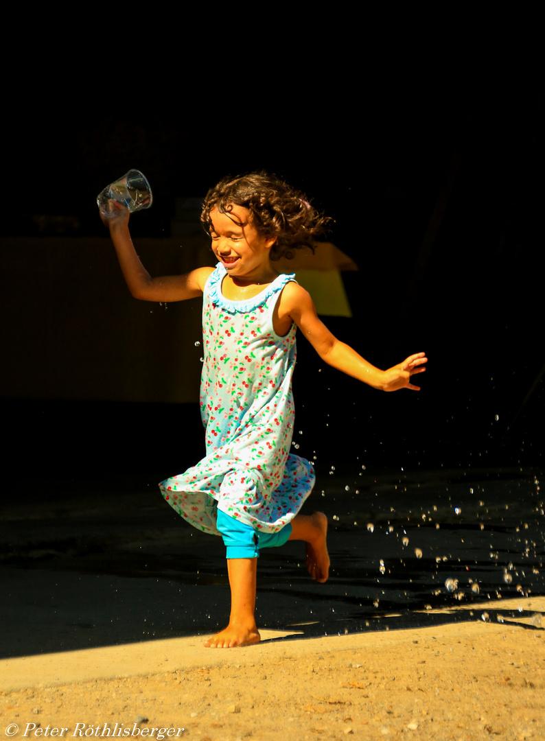 mit Wasser spielen ist so schön
