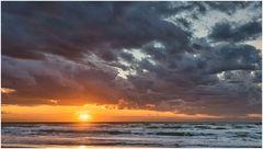 Mit Wolken finde ich Sonnenuntergänge schön