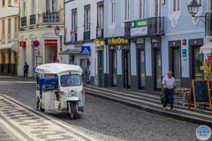 Mitfahrgelegenheit durch Ponta Delgada