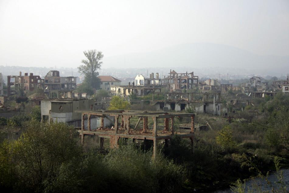 Mitrovica, Oktober 2005