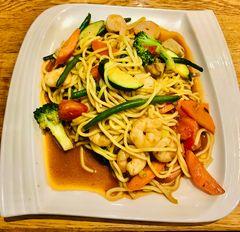 Mittagsgericht asiatisch