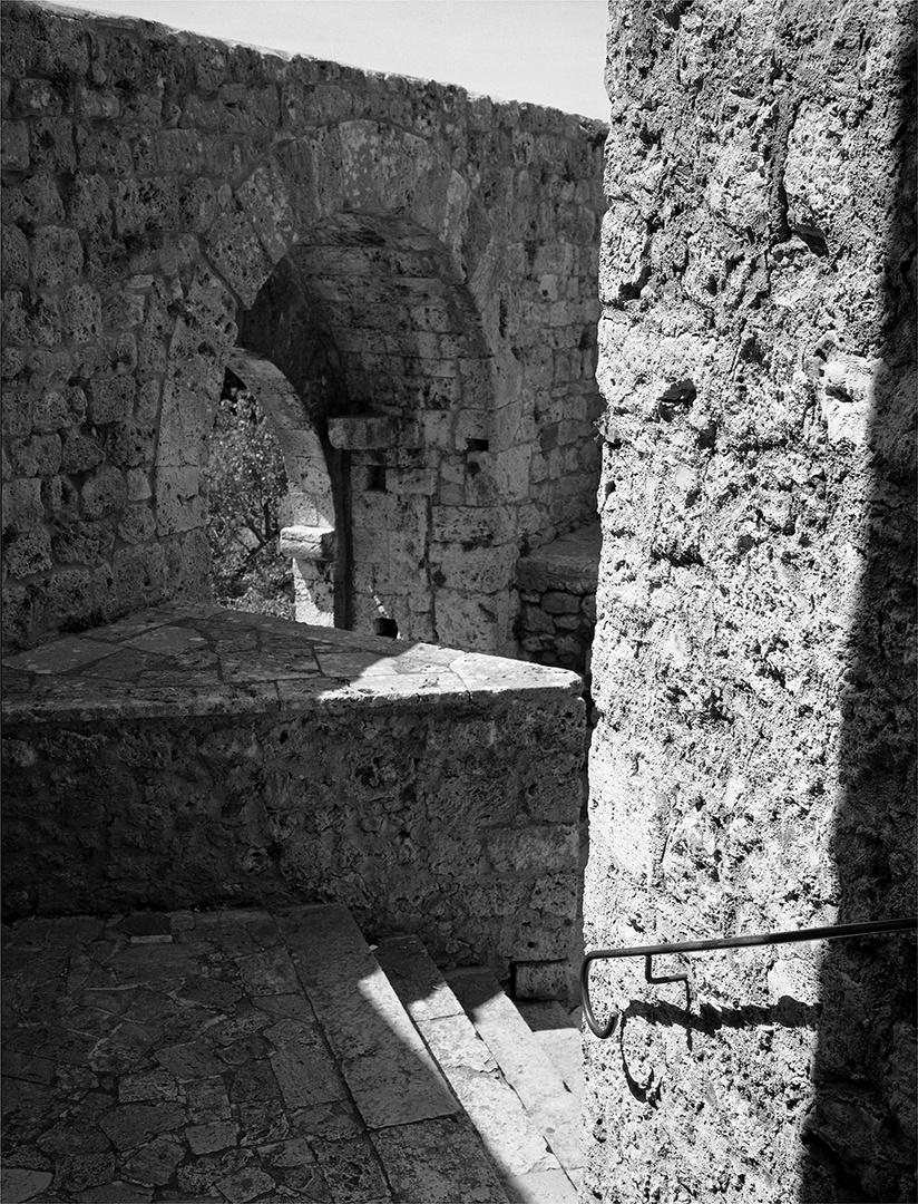 Mittelalter im Mittagslicht
