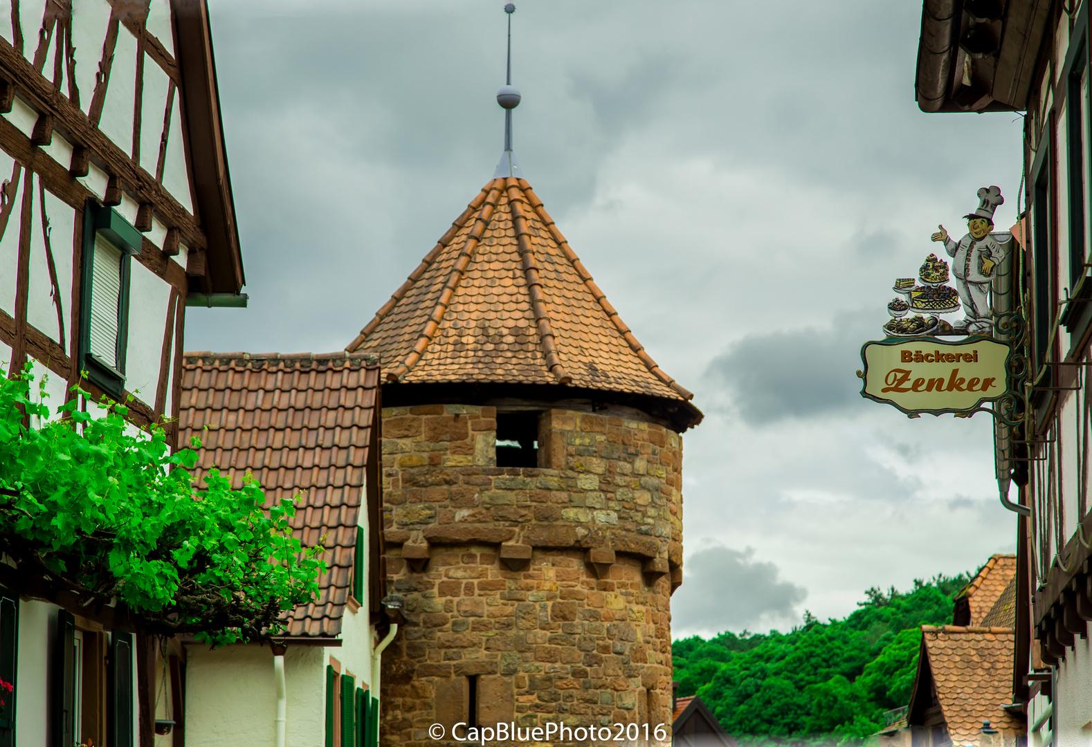 Mittelalterliche Befestigungsanlage Ortskern Dörrenbach