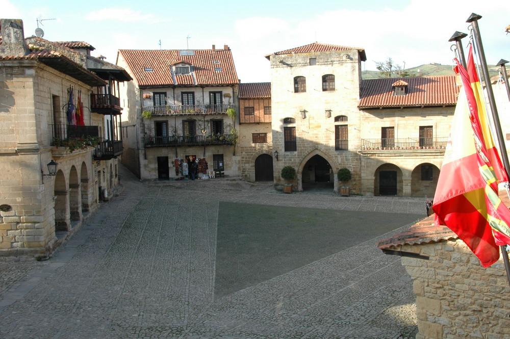 Mittelalterlicher Platz in Spanien
