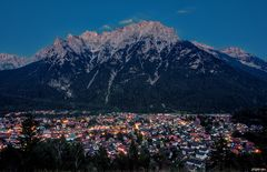 Mittenwald vor Karwendel