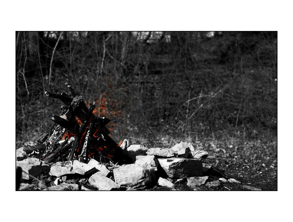 - Mitternachtsfeuer -