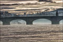 """Mittlere Brücke in the morning"""