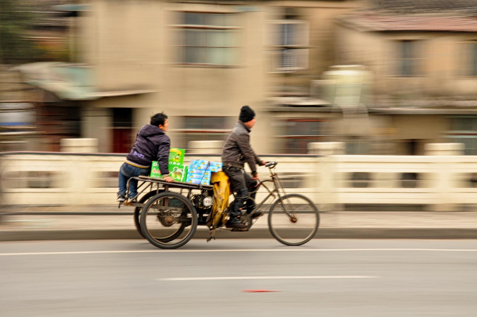 Mitzieher Panning Fahrrad Elektroroller Dreirad Shanghai China überall