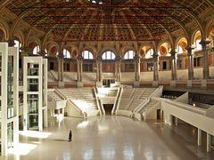MNAC 1 - Große Halle - Große Kunst