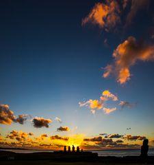 Moai Maea Sunset