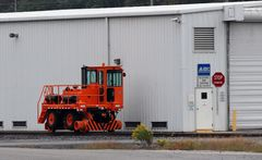"Mobile Railcar Mover ""Rail King"", MARC Yard, Brunswick, Maryland, USA 2013"