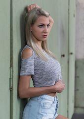 Model Claudia