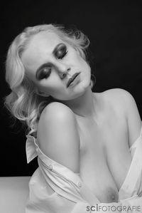 Model Eva
