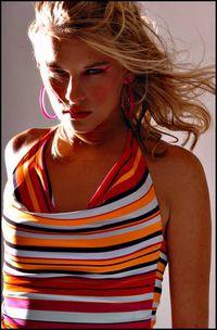 Model Evelina